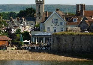 Hotels and inns on the isle of wight english country inns - Medina swimming pool isle of wight ...