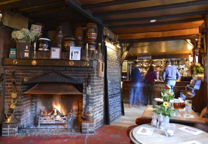 Terrific Romantic Hotels In England Romantic Inns English Inns Beutiful Home Inspiration Cosmmahrainfo