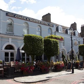Coach and Horses, Kew