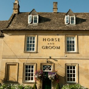 Horse and Groom, Bourton